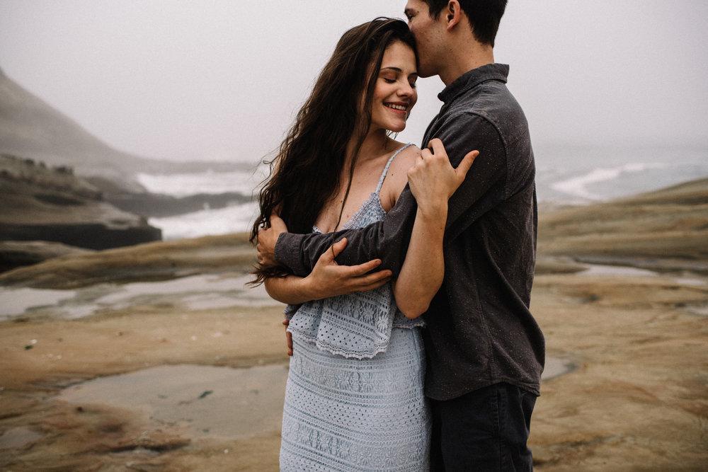 Ruthie and Anthony - Foggy Oregon Coast Couple Adventure Session - White Sails Photography Creative_17.JPG