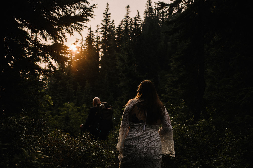 Megan and Andrew Lake Valhalla Washington PNW Adventure Elopement White Sails Creative Sunrise Hike_10.JPG