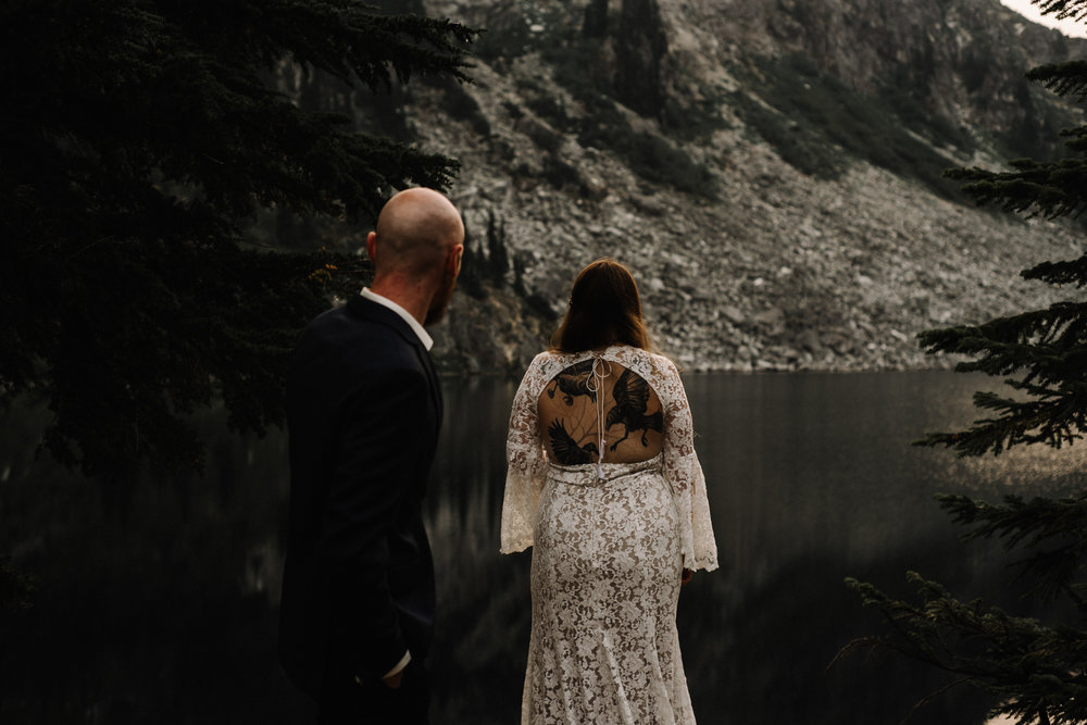 Megan and Andrew Lake Valhalla Washington PNW Adventure Elopement White Sails Creative Sunrise Hike_56.JPG