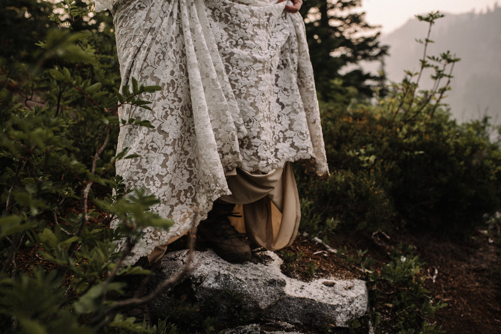 Megan and Andrew Lake Valhalla Washington PNW Adventure Elopement White Sails Creative Sunrise Hike_74.JPG