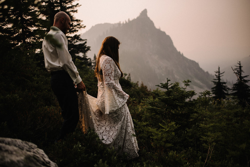 Megan and Andrew Lake Valhalla Washington PNW Adventure Elopement White Sails Creative Sunrise Hike_83.JPG