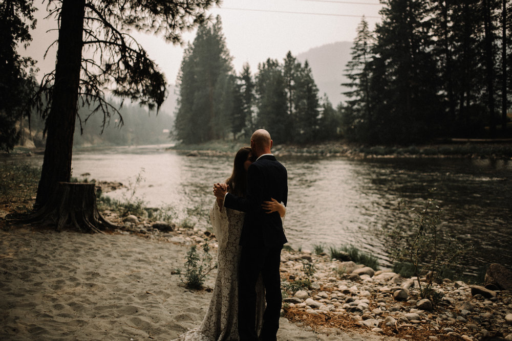 Megan and Andrew Lake Valhalla Washington PNW Adventure Elopement White Sails Creative Sunrise Hike_95.JPG