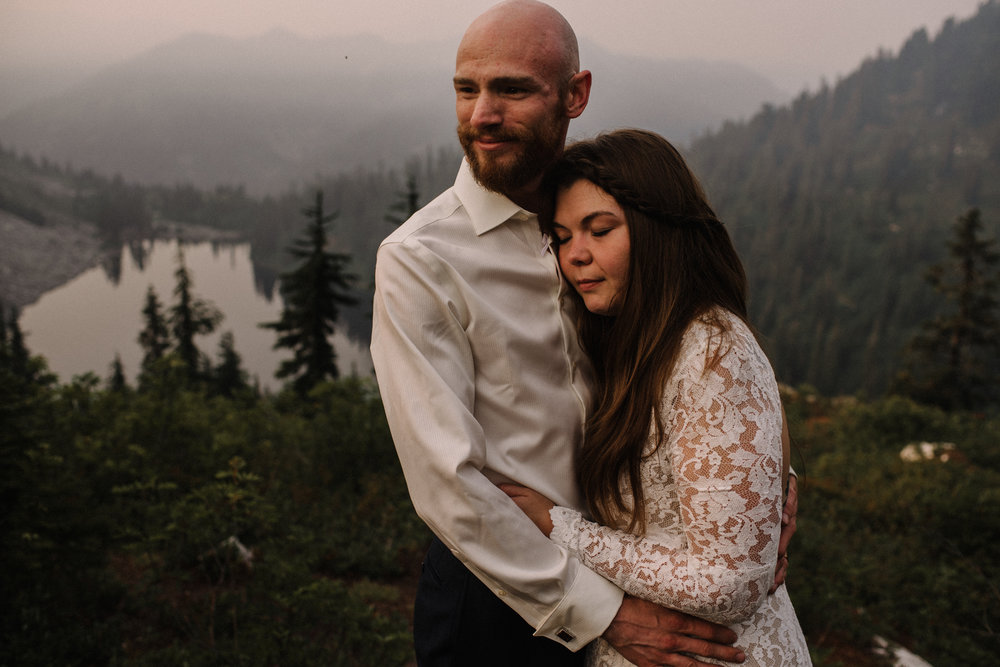 Megan and Andrew Lake Valhalla Washington PNW Adventure Elopement White Sails Creative Sunrise Hike_107.JPG