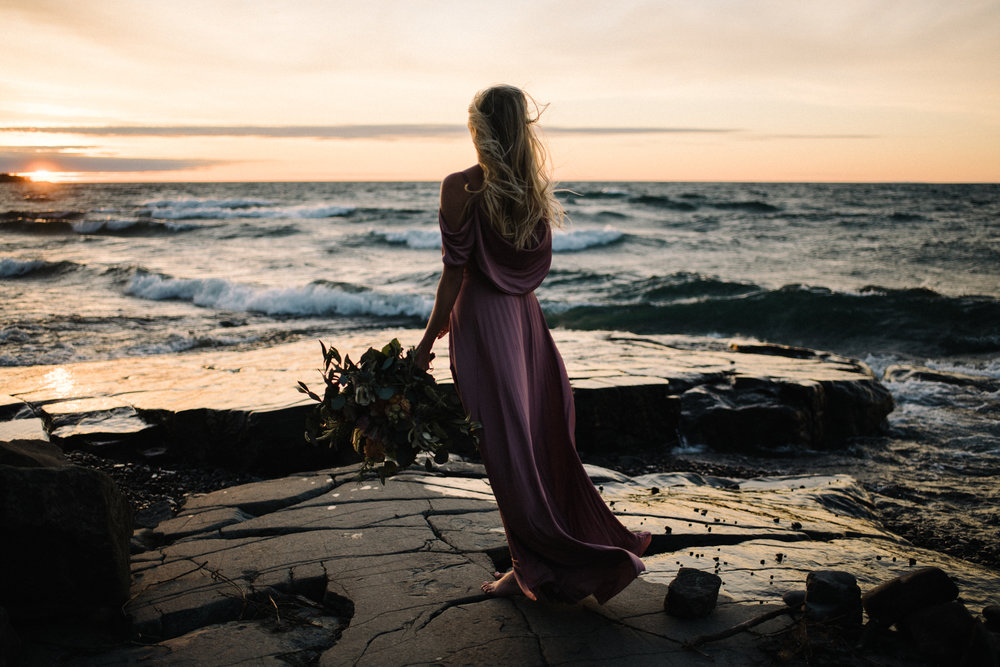 Madeira+Creative+-+Clare+Kolars+-+Emilee+Bridal+Portraits+-+White+Sails+Photography+-+North+Shore+-+Lake+Superior_18.jpg