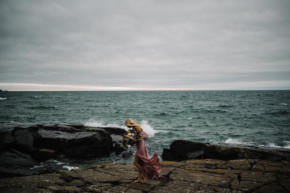 Madeira+Creative+-+Clare+Kolars+-+Emilee+Bridal+Portraits+-+White+Sails+Photography+-+North+Shore+-+Lake+Superior_72.jpg