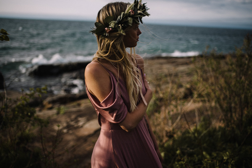 Madeira+Creative+-+Clare+Kolars+-+Emilee+Bridal+Portraits+-+White+Sails+Photography+-+North+Shore+-+Lake+Superior_81.jpg
