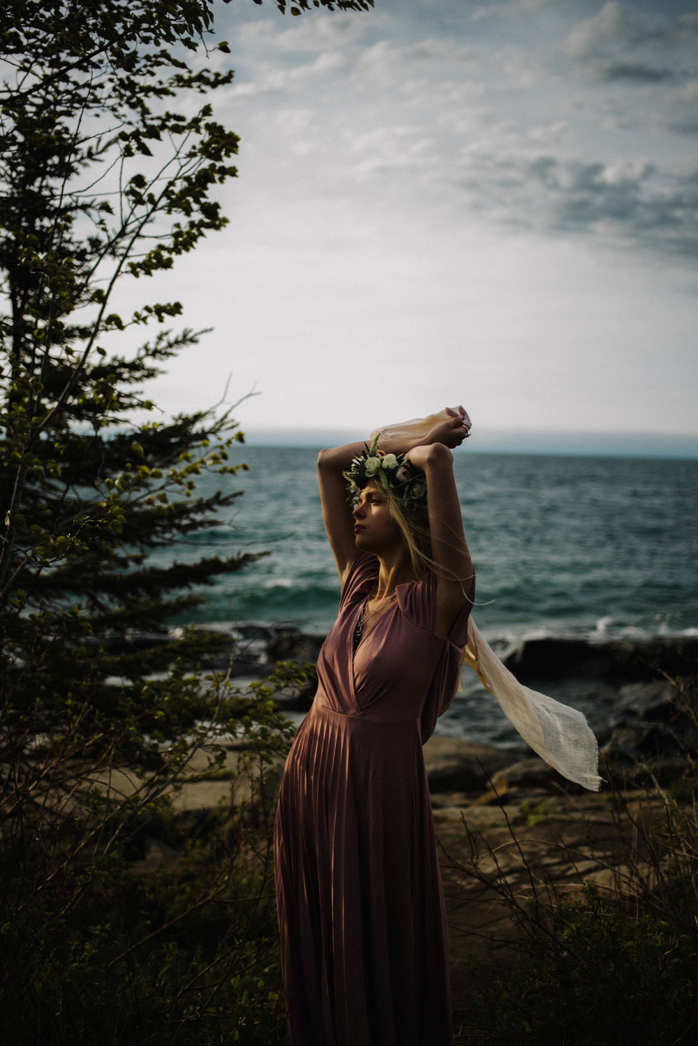 Madeira Creative - Clare Kolars - Emilee Bridal Portraits - White Sails Photography - North Shore - Lake Superior_51.JPG
