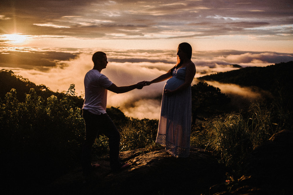 Mandy Spencer Maternity Sunrise Session Shenandoah National Park - White Sails Photography Creative_5.JPG