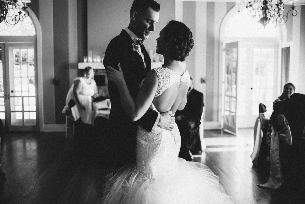 White-Sails-Creative-Shenandoah-Valley-Virginia-Page-County-Wedding_62.jpg