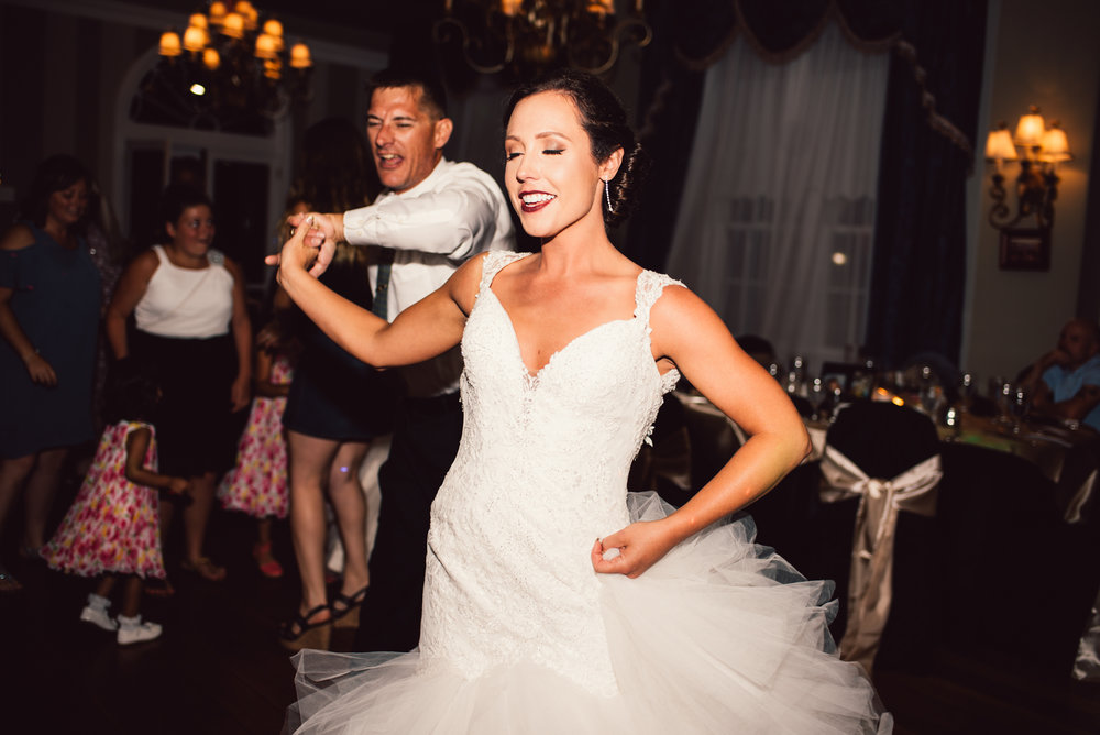 White-Sails-Creative-Shenandoah-Valley-Virginia-Page-County-Wedding_79.jpg
