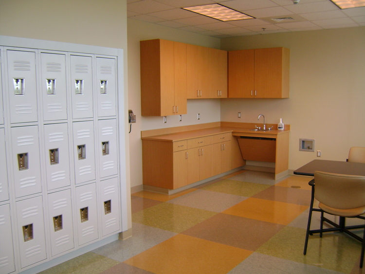 US ONCOLOGY LOCKERS SHOT.jpg
