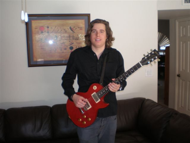 Guitar, Bass Guitar, Ukele & Piano Teacher Erik Dahlgren