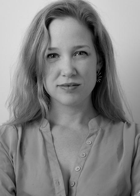 Voice & Piano Teacher Vivenne Aerts