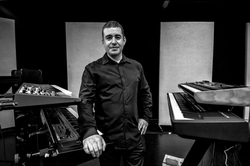 Piano Teacher Jonathan Sindelman