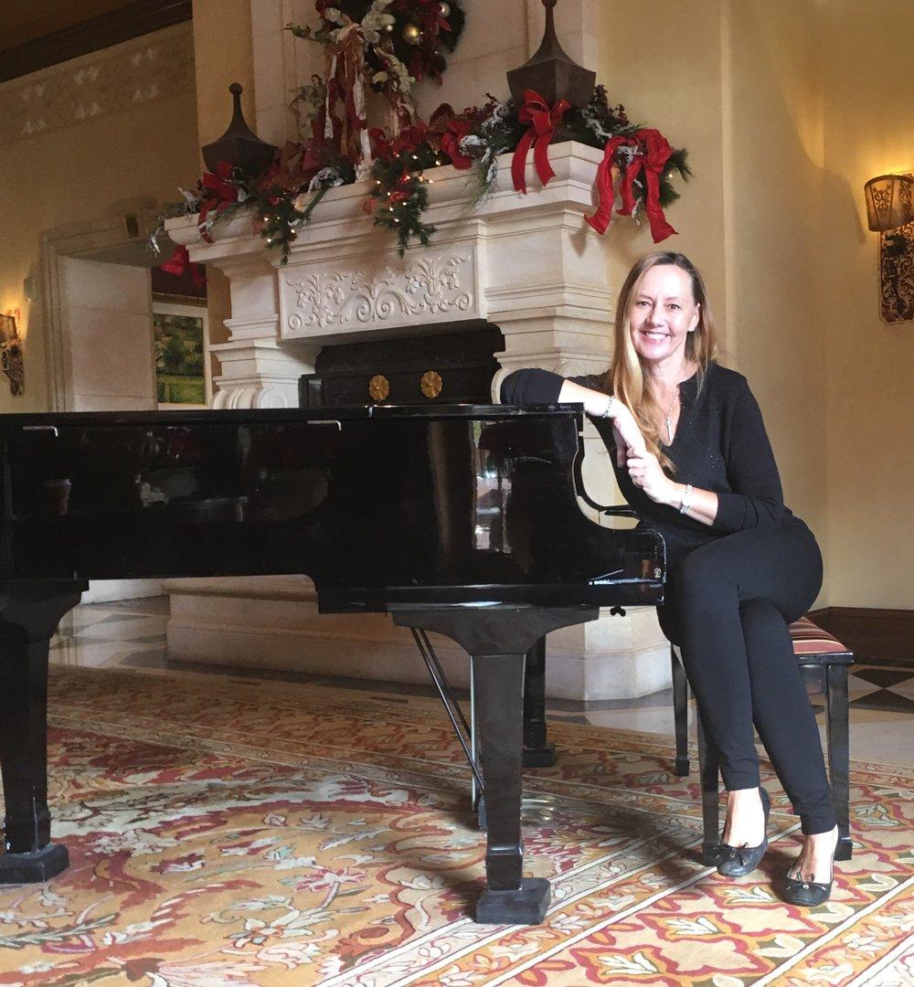 Piano Teacher Nicki Ta