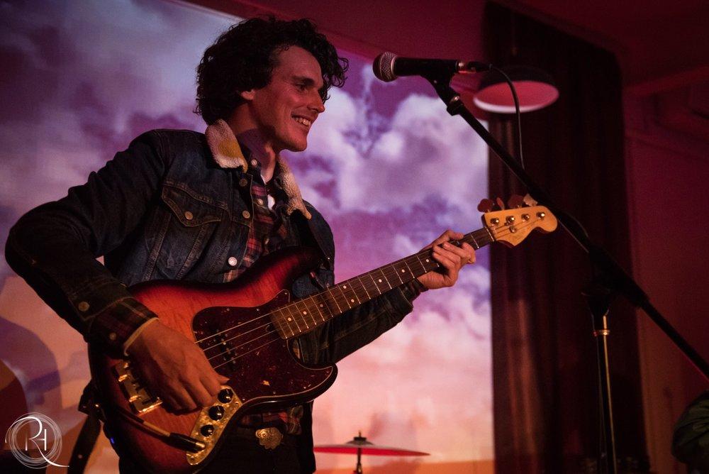 Piano, Bass, Voice & Guitar Teacher Seán_van_Doornum