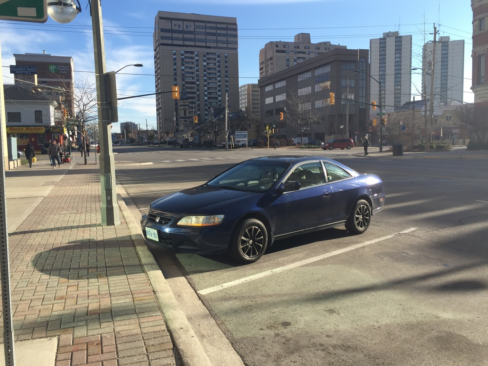 SkyrollerBloo is a 2002 Honda Accord Coupe with an automagical transmission!!