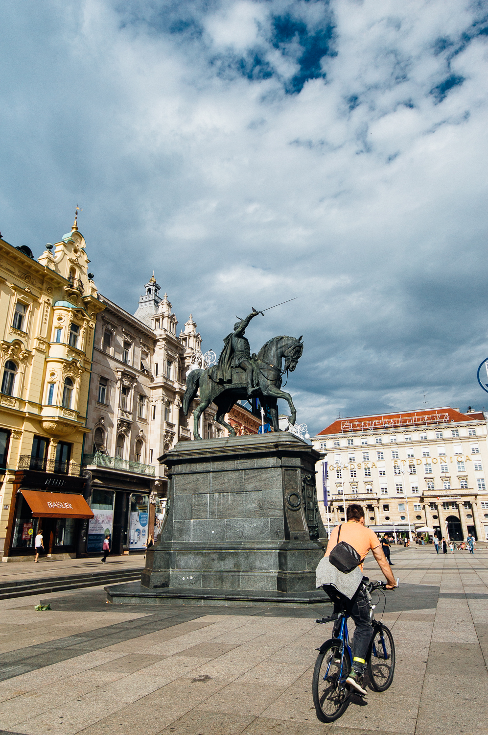 Meet Ban Josip Jelacic--a famous and successful army general for Croatia in the mid-19th century. He sits in the middle of the square that is named after him.