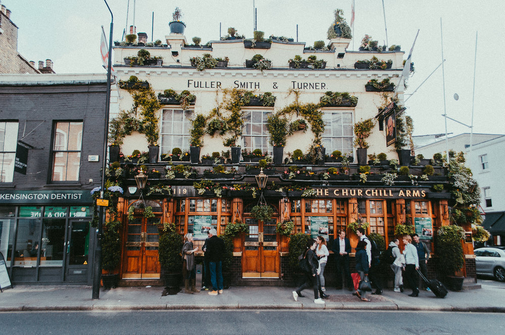 Churchill Arms | London | 2017 | Essentials : Warm Memories