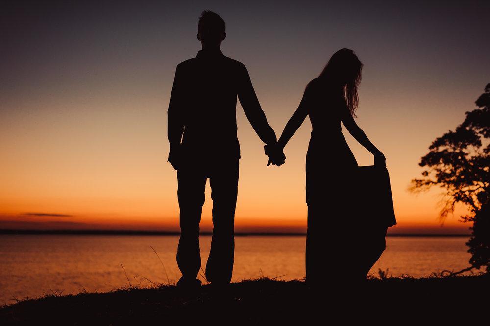 Couples Sunrise Lake Session Dallas Fort Worth