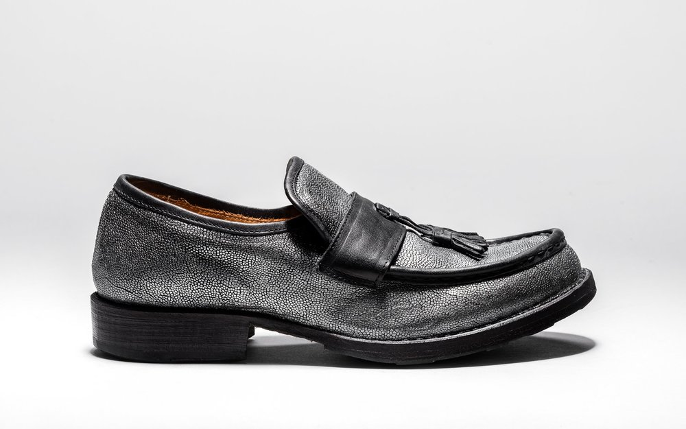 Eternity_Emir-BI_Loafer_Black_MetallicTexturedLeather-1.jpg