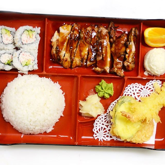New Lunch Specials! • Enjoy a fast & easy lunch at Shiki 🍱 Our Bento Box is only $7.95, every lunch! #orangecounty #OC #lunchtime