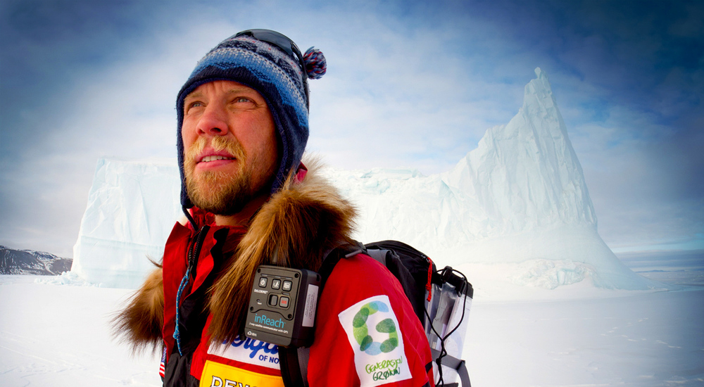 John Huston off the coast of Ellesmere Island, Canada. @ Kyle O'Donoghue