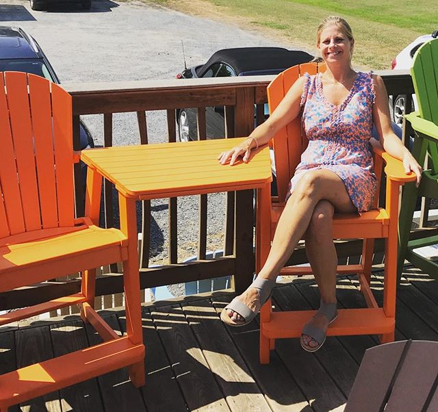 I love the Bright orange!!! Counter height Tete a Tete set by Casual Comfort #madeintheusa🇺🇸 #15yearwarranty So hot today- we closed early. Our annual end of season sale begins Friday at 10am!