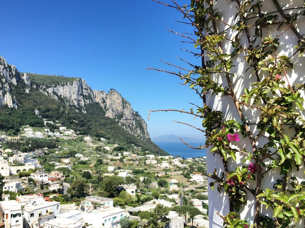 View on the walk from Marina Grande to Capri