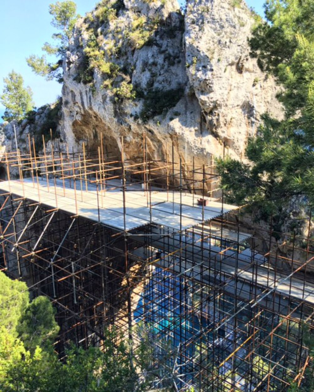 Arco Naturale covered in scaffolding