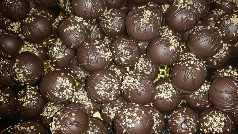 nutella cake truffles.jpg