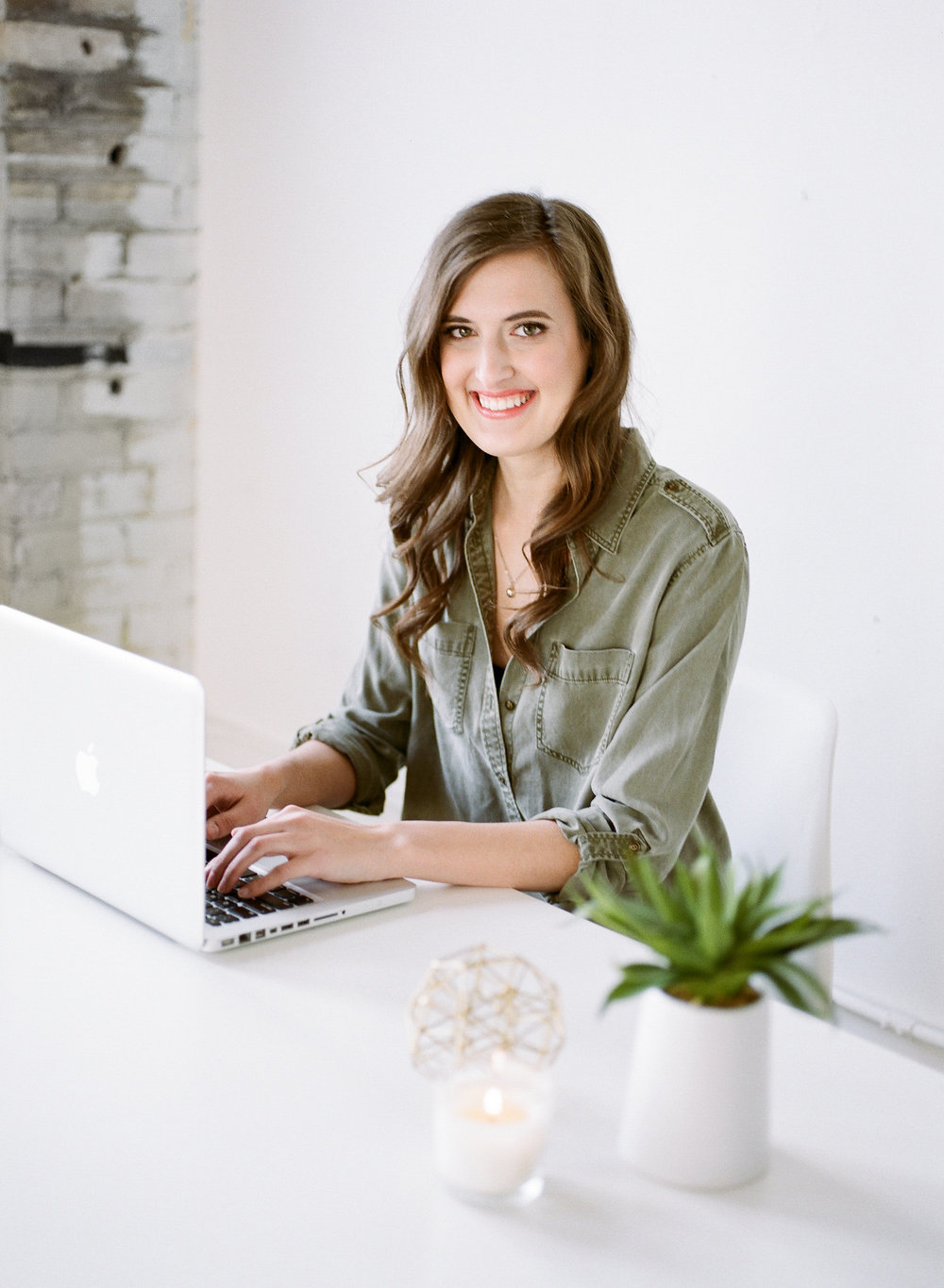 Kayla Hollatz: Twin Cities Social Media Content Marketing Strategist