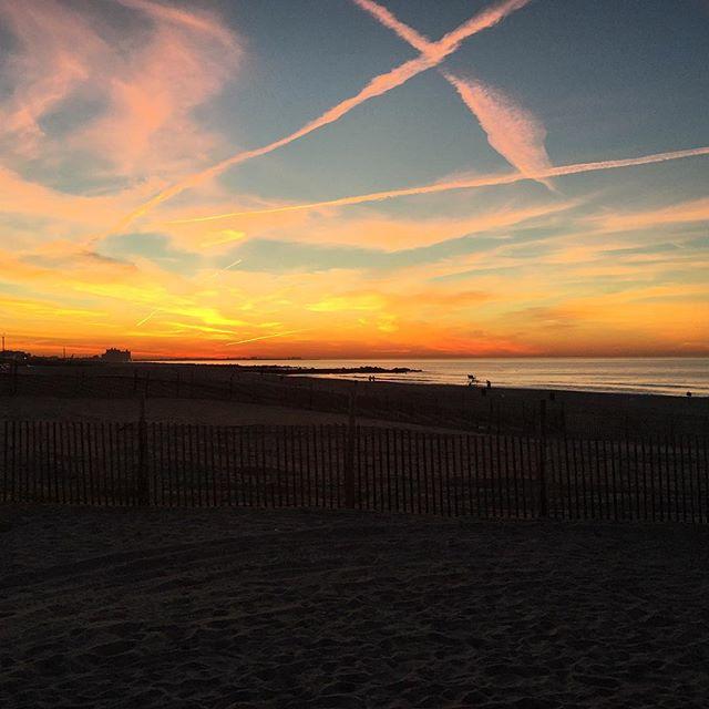 """As the sun rises over rockaway beach, we proclaim, """"yes, we are open!"""" #rockawaybeach #sunrise #open #breakfast #brunch #coffee"""