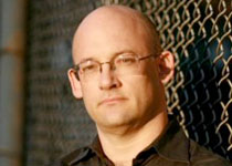 shirky-headshot.jpg