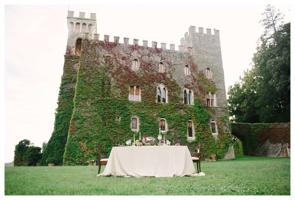 tuscany-castle-wedding-photographer-italy-williamsburgphotostudios-_0004.jpg