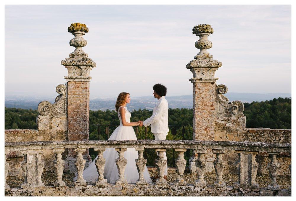 tuscany-castle-wedding-photographer-italy-williamsburgphotostudios-_0011.jpg