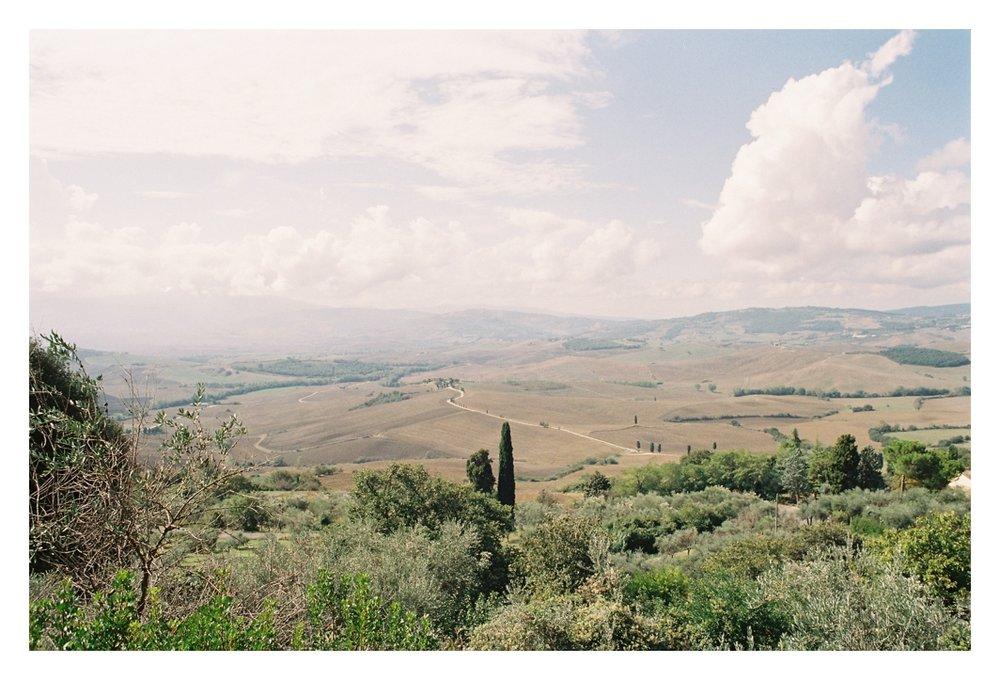 tuscany-destination-wedding-photographer-montepulciano_0003.jpg