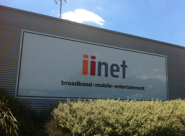 iiNet Corporate signs Geelong.jpg