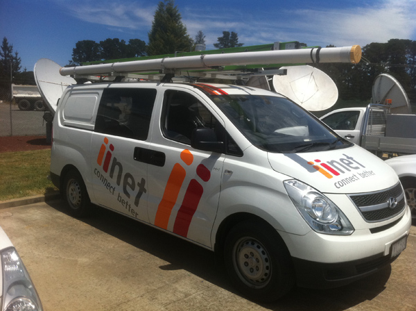 iiNet Vehicle Corporate 2 signs Geelong.jpg
