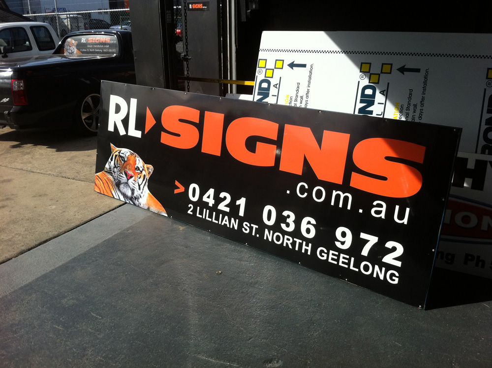 RL Signs Geelong.jpg
