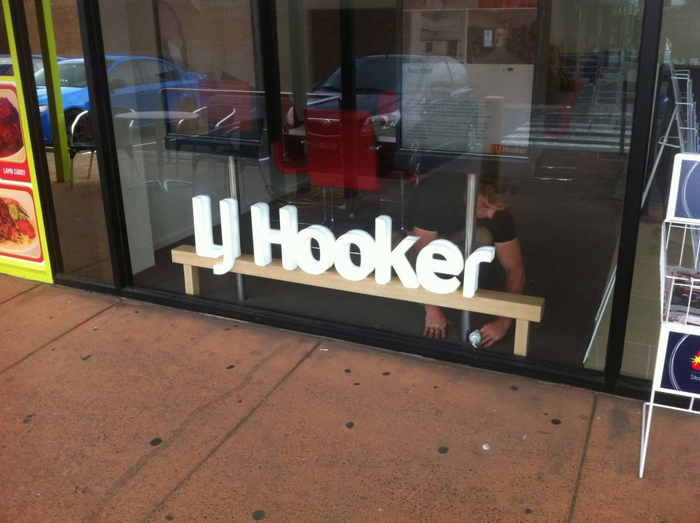 LJ Hooker Lightbox Signs Geelong.jpg