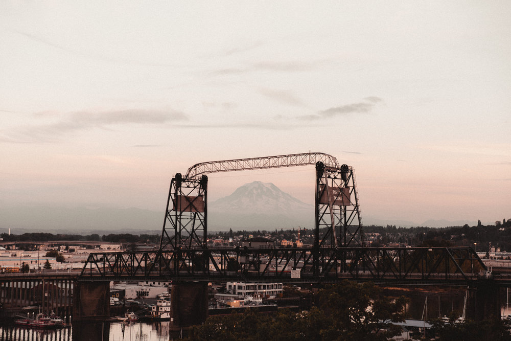 such a pretty sunset featuring mount rainier, shot from the city of tacoma!
