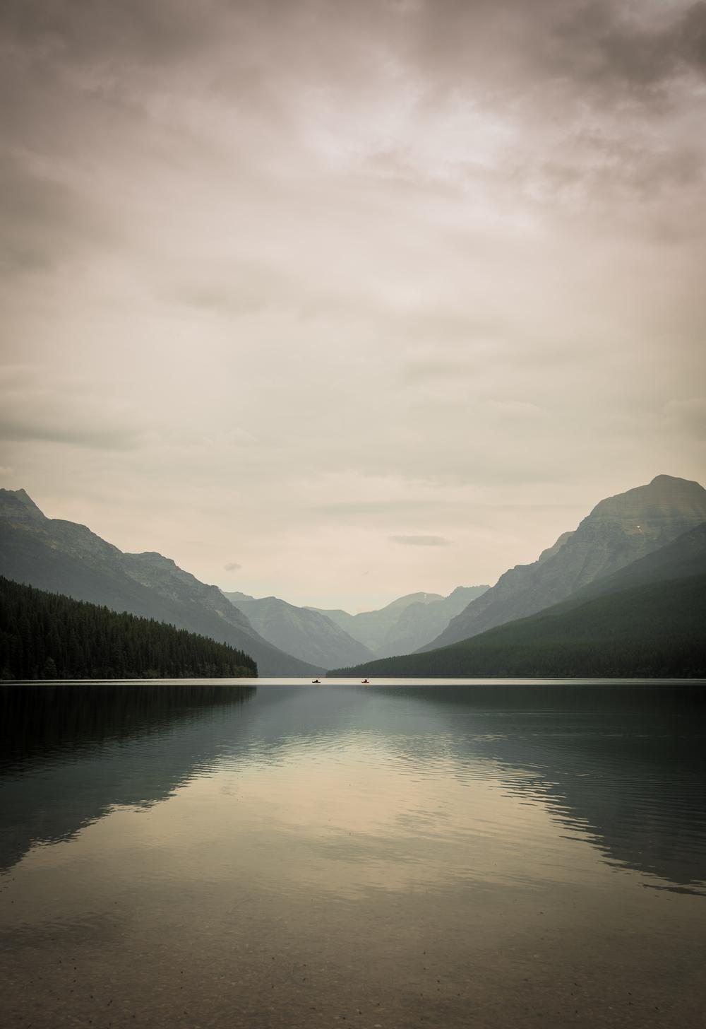 kayak bowman lake (1 of 1).jpg