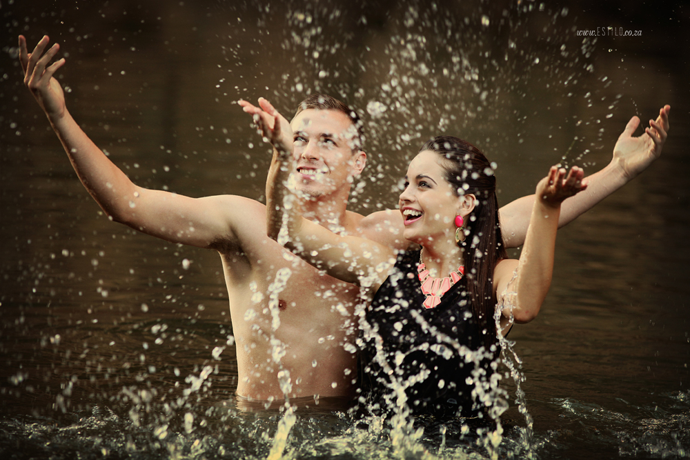 engagement-shoot-johannesburg-engagement-shoot-in-water-engagement-shoot-magaliesburg-engagement-shoot-south-africa_0004.jpg