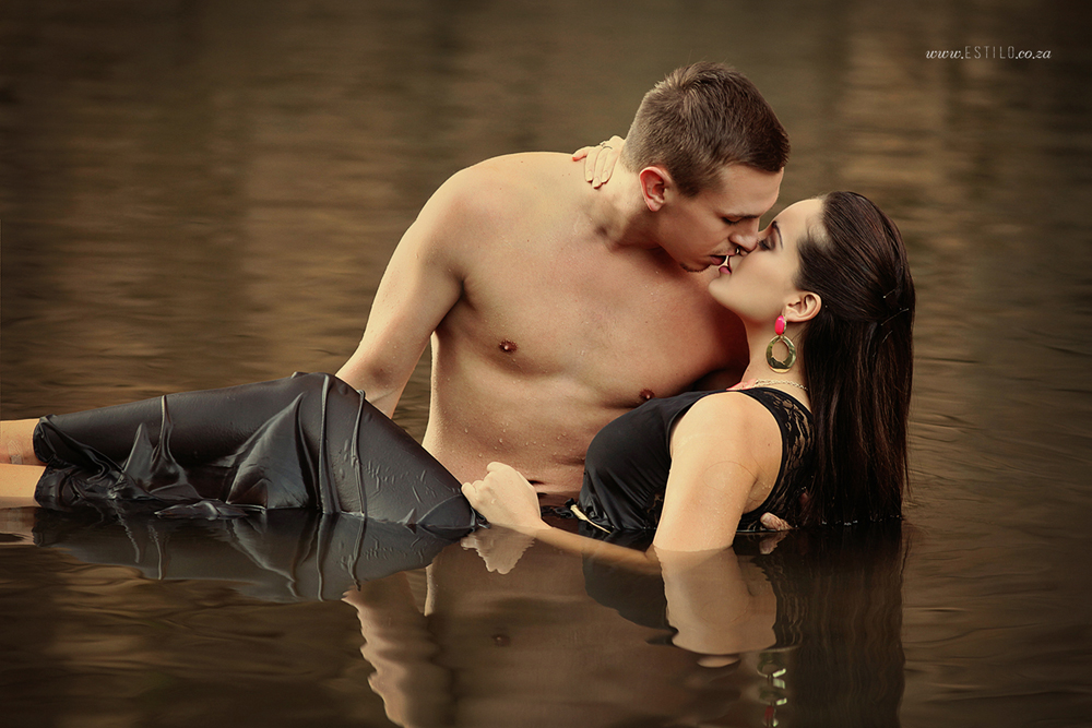 engagement-shoot-johannesburg-engagement-shoot-in-water-engagement-shoot-magaliesburg-engagement-shoot-south-africa_0005.jpg