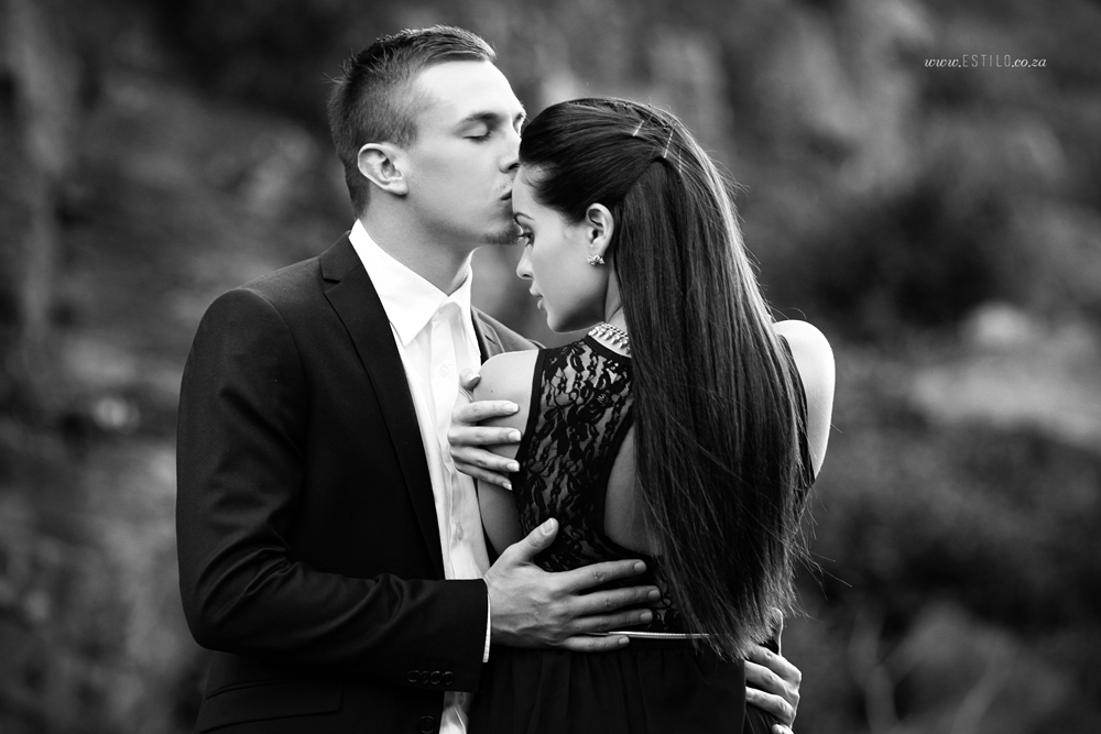 engagement-shoot-johannesburg-engagement-shoot-in-water-engagement-shoot-magaliesburg-engagement-shoot-south-africa_0011.jpg