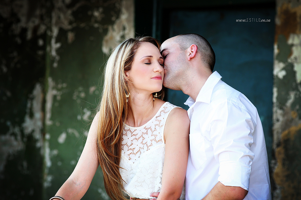farm-engagement-shoot-Brits-couple-photo-shoot-country-couple-photo-shoot-engagement-session-in-Brits (3).jpg