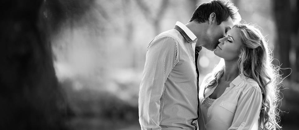 couple-shoot-irene-farm-best-wedding-photographers-south-africa-beautiful-wedding-photography-estilo-weddings-engagement-session-photographers__ (1)blog.jpg