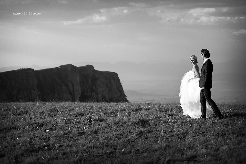 cathedral_peak_wedding_photography_wedding_at_catherdral_peak_south_africa_best_wedding_photographers_south_africa (5).jpg