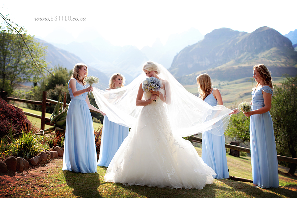 cathedral_peak_wedding_photography_wedding_at_catherdral_peak_south_africa_best_wedding_photographers_south_africa (10).jpg